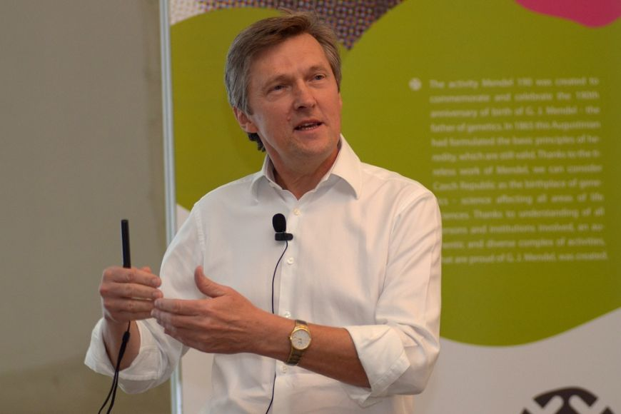 Expert na molekulární výzkum rakoviny Josef Jiřičný.