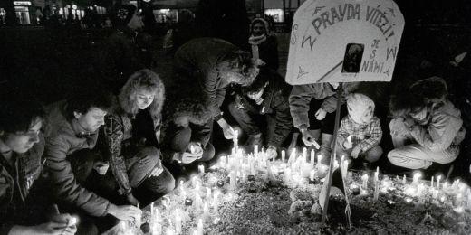 Náměstí Svobody v Brně v roce 1989.