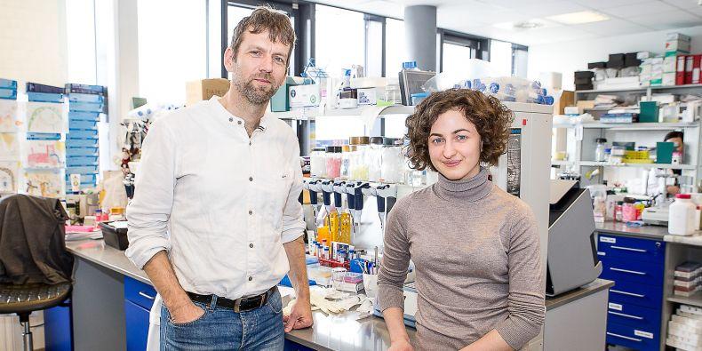 Karina Zadorozhny už přes dva roky pracuje jako výzkumnice v biologickém ústavu na Lékařské fakultě MU v týmu Lumíra Krejčího.