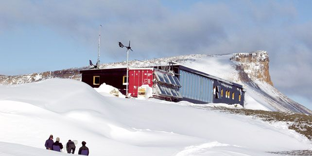 Research Station of Johann Gregor Mendel was built by almost five years ago by Masaryk University on James Ross Island in Antarctica.
