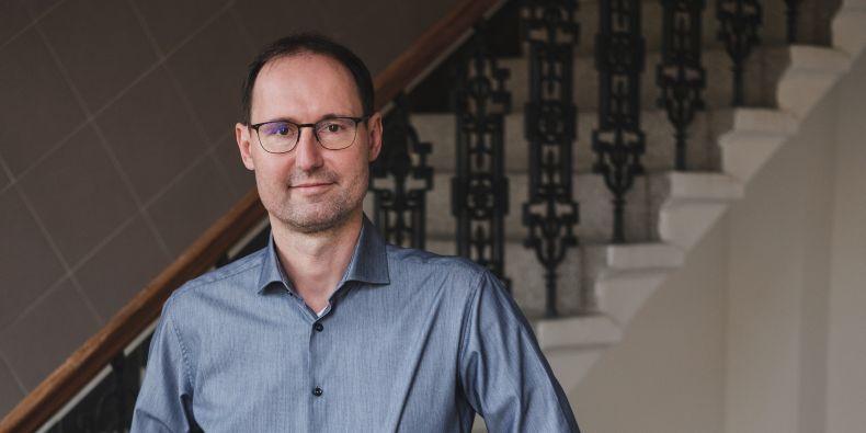 Prorektor MU Břetislav Dančák v rozhovoru pro Magazín M mluví o internacionalizaci univerzity.