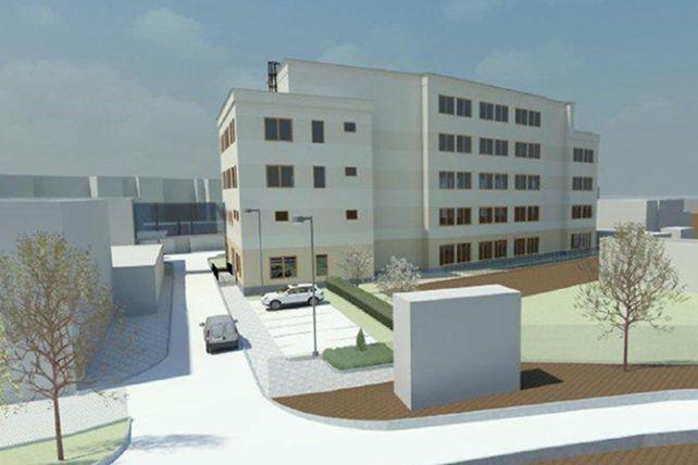 Nová pětipatrová budova vyroste vrámci projektu Centrum výzkumných institutů adoktorských studií (CVIDOS) do konce roku 2014 vareálu pedagogické fakulty.