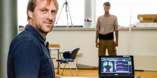 Laboratoř pro výzkum chůze na Fakultě sportovních studií MU.