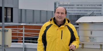 Vedoucí mezinárodního projektu Monairnet Pavel Čupr na odběrové lokalitě v bohunickém kampusu.