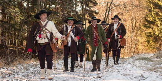 Tradice žije dodnes. Připomíná ji novodobý Valašský sbor portášský, který organizuje každoroční slavnosti ve Valašské Bystřici.