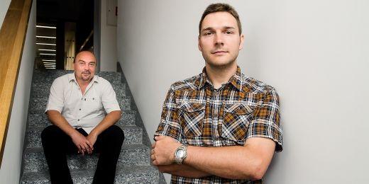 Profesor Václav Matyáš a jeho žák Jan Krhovják.