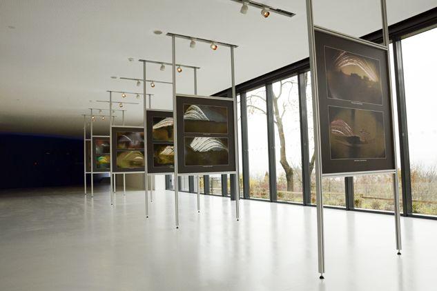V přízemí se nachází výstavní prostory svýhledem na Brno.