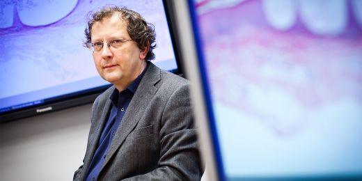 Ředitel Ústavu výpočetní techniky MU Luděk Matyska.