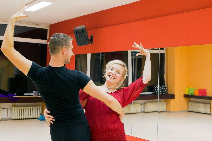 Doma byla členkou taneční skupiny, teď vBrně chodí aspoň do kurzů flamenca ajazzdance.