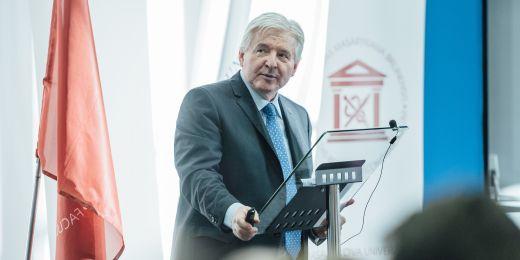 Jiří Rusnok na Ekonomicko-správní fakultě MU.