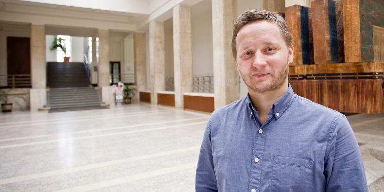 David Kosař působí na Právnické fakultě MU.