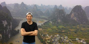 Nad údolím řeky Li v provincii Kuang-si.