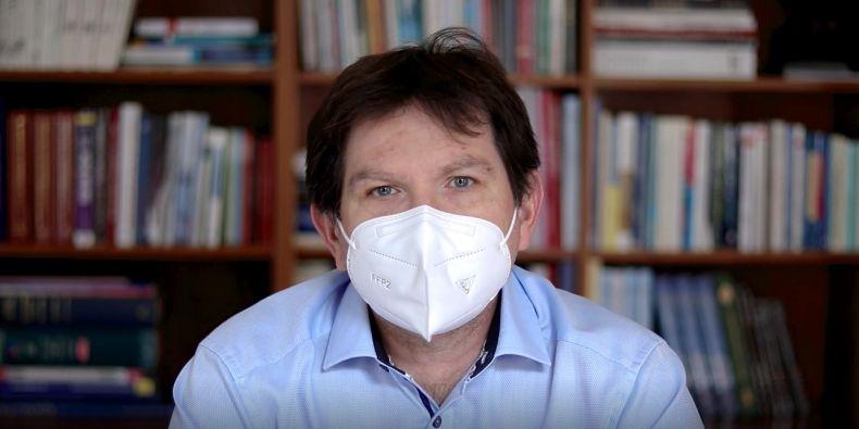 Rektor MU Martin Bareš.