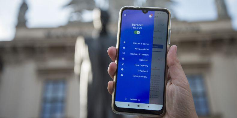 Mobilní aplikace MUNI pomáhá zpříjemní dobrovolníkům výběr pomoci.