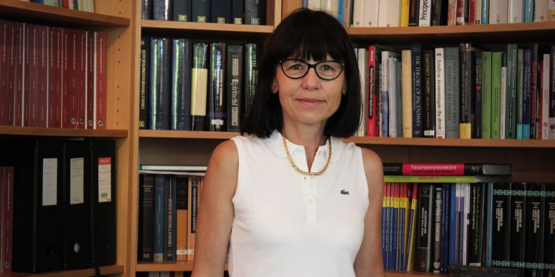 Marie Claire Villeval z Lyonské univerzity přijede s tématem, jak neetické chování ovlivňují pobídky a tresty.