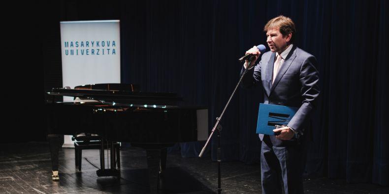 Rektor Masarykovy univerzity Martin Bareš.