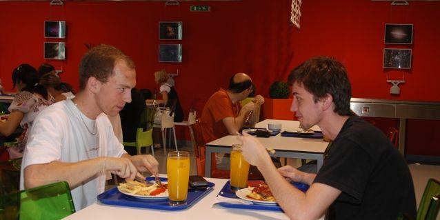 ACADEMIC restaurant aPIZZA NOSTRA nabízejí jídla během celých prázdnin. Foto: Martin Kopáček.