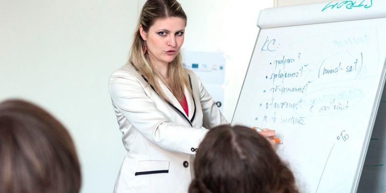 Mnozí zaměstnavatelé od svých zaměstnanců podle Horákové očekávají, že zvládnou stres.