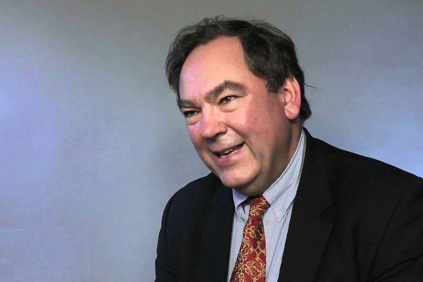 Světový odborník na ekonomiku Číny Peter Williamson.