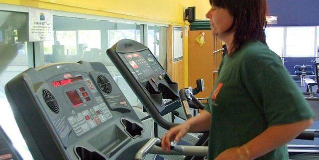 K návratu do běžného života tak pacientům pomůže například přístroj pro nácvik chůze. Ilustrační foto: www.sxc.hu