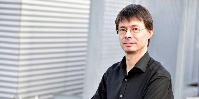 Jedním ze signatářů výzvy je Martin Scheringer, který působí v centru RECETOX.