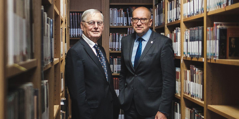 Eduard Schmidt a Mikuláš Bek.