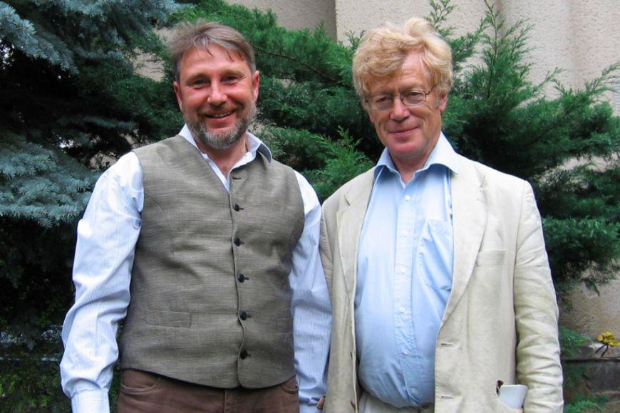 Profesora estetiky Petra Osolsobě (vlevo) zFilozofické fakulty MU pojilo sSirem Scrutonem dlouholeté přátelství.