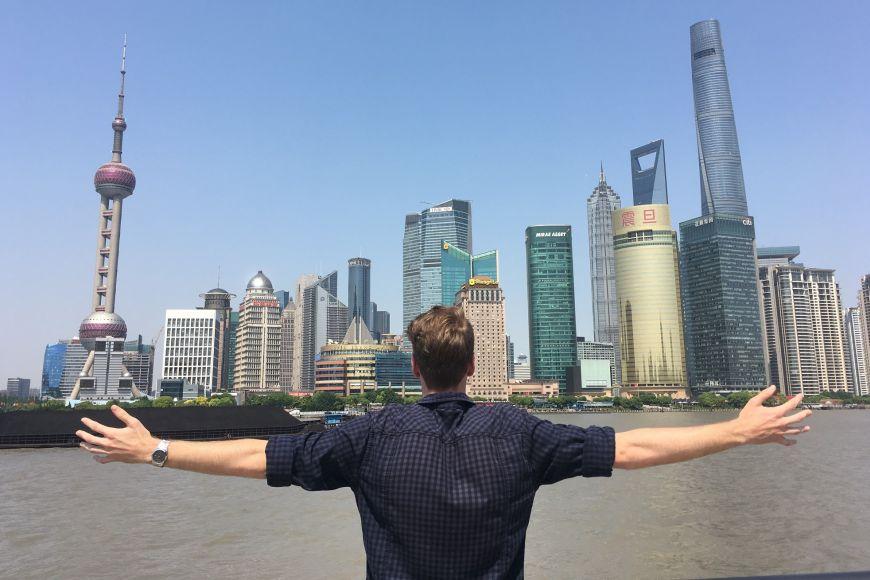 Čtvrť Pchu-tung, obchodní afinanční centrum Šanghaje.