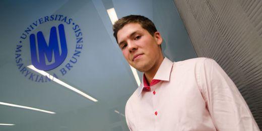 Pro odměnu za své letošní výsledky si přišel i Jakub Tomeček, který úspěšně reprezentoval ČR ve sportovní střelbě na letní olympiádě v Londýně. Foto: Martin Kopáček.