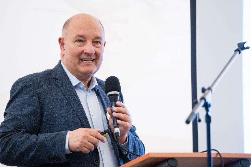 Milan Macek, předseda Společnosti lékařské genetiky agenomiky