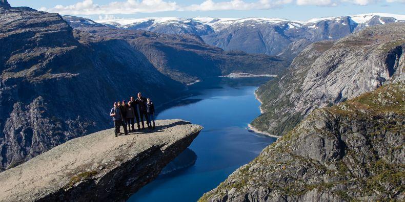 Nadšený nebyl Vít Blažek jenom ze školy. Jako zapálený fotograf si užil i norskou přírodu.
