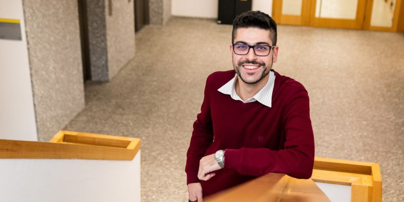 """""""Analysing biomedical data was something I explored in my master's thesis. I wanted to do a PhD and continue with my research, and the local lab headed by Professor Kozubek has excellent results,"""" says Akbaş, citing his reasons for moving to Brno."""