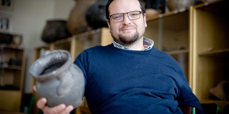 Archeolog Jiří Macháček vede výzkumné práce na Pohansku u Břeclavi.