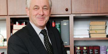 Vedoucí Katedry občanského práva PrF MU Jiří Fiala.