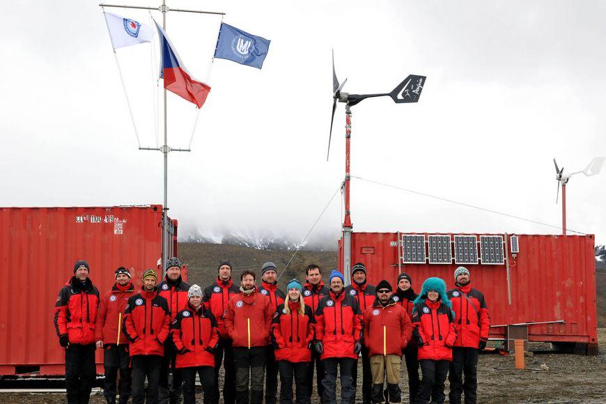 Členové letošní expedice ustanice J. G. Mendela.