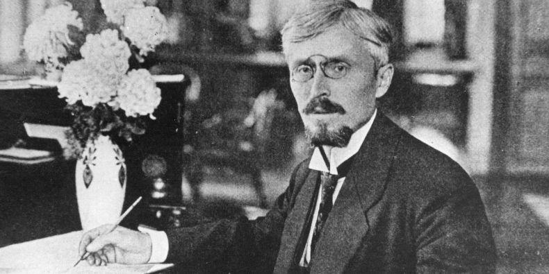 Profesor Edward Babák.