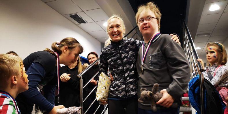 Akci podpořila také bronzová medailistka z mistrovství Evropy běžkyně Eva Vrabcová-Nývltová, která proběhla pro velký zájem spoluzávodníků trať hned několikrát.