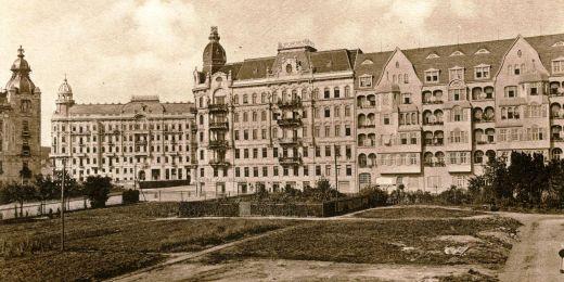 Na snímku z roku 1910 ještě botanická zahrada není.