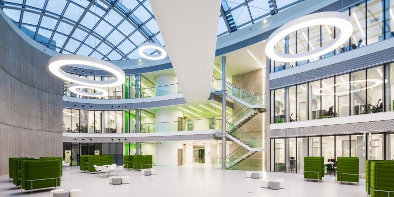 Atrium Ceitecu Masarykovy univerzity.
