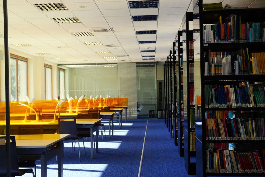 Nová knihovna na pedagogické fakultě už je připravená na studenty.