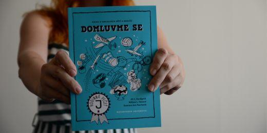 Domluvme se je první publikace z desetidílné překladatelské série.