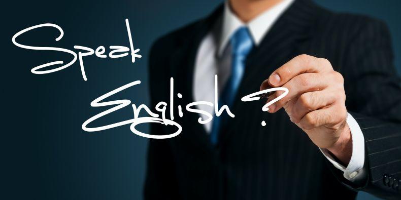 Bez znalosti angličtiny a dalších jazyků se dnes již téměř nikdo neobejde.