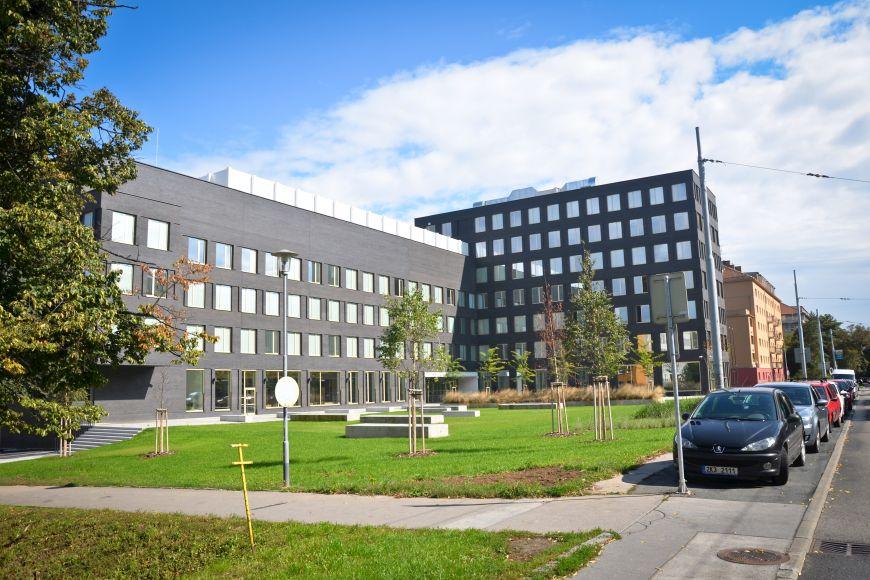 Areál Fakulty informatiky MU vulici Botanické prošel před lety zásadní přestavbou.