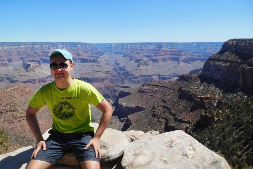 Nad Grand Canyonem.