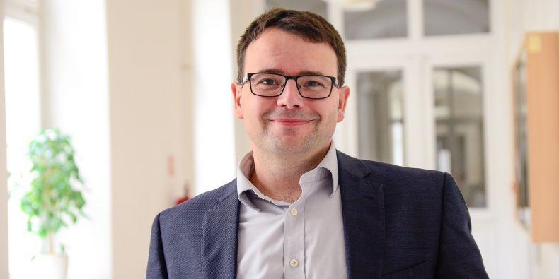 Politolog Vlastimil Havlík se bude na Northwesternské univerzitě v Evanstonu věnovat antistranictví.