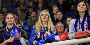 Ještě nikdy na utkání univerzitní ligy EUHL nepřišlo tolik lidí.