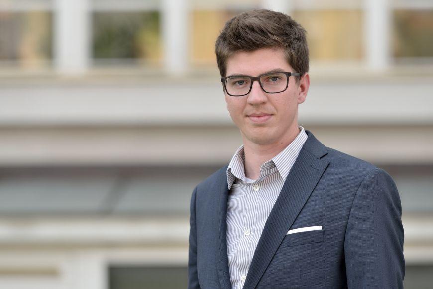 Jan Bittner připravuje ekonomické analýzy pro dosluhujícího premiéra Bohuslava Sobotku.