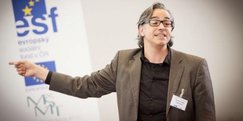 Jesus Crespo Cuaresma působí na Vienna University of Economics and Business.