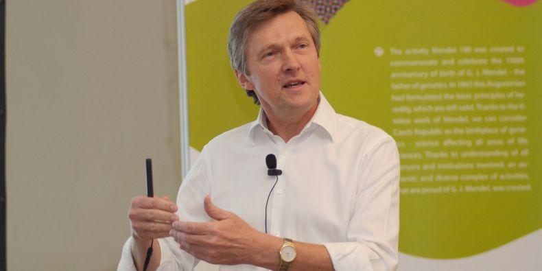 Director of the Board, Josef Jiřičný. Focused on molecular research of cancer.