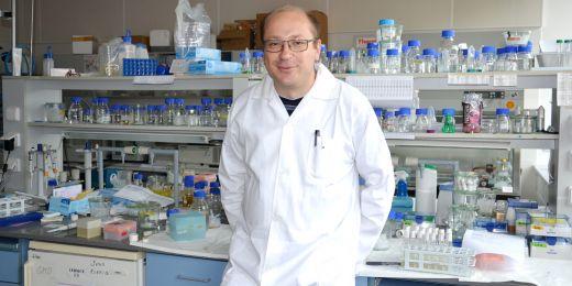 Když Kamil Růžička zkoumal mutace u rostlin, vůbec netušil, že ho to zavede až rakovině u lidí.